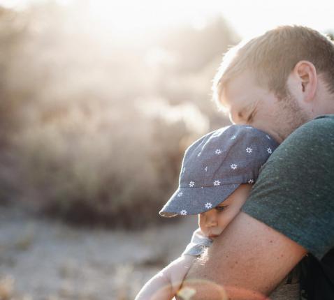'Vaderen en moederen is een zalige en goddelijke eigenschap.' © Pexels