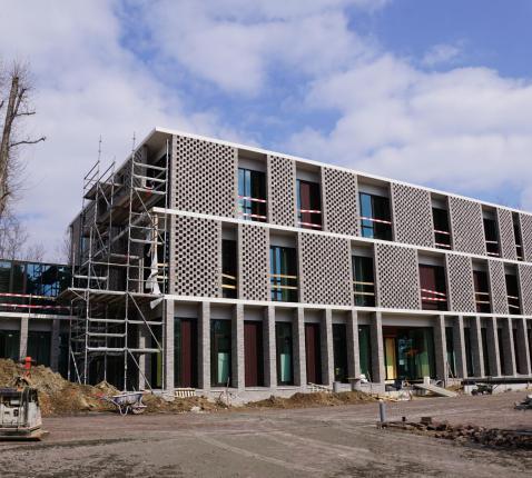Nieuwbouw aan de Paul Bellefroidlaan © Ria Thaens