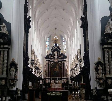 Hoogkoor in de Sint-Pauluskerk © ©jeannette