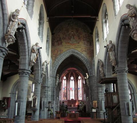 interieur kerk Deinze