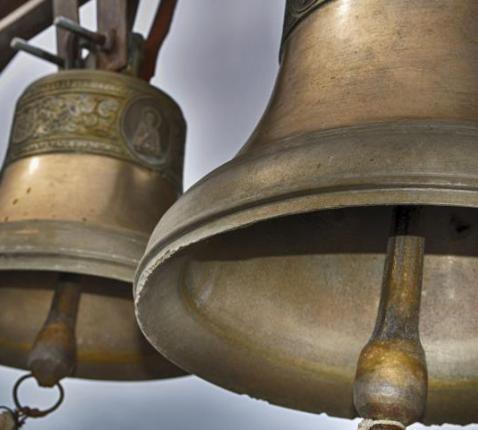 klokken luiden tegen corona © wel.nl