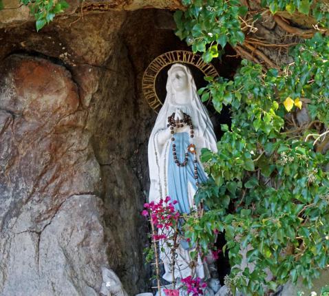 Maria in Lourdesgrot te Overijse