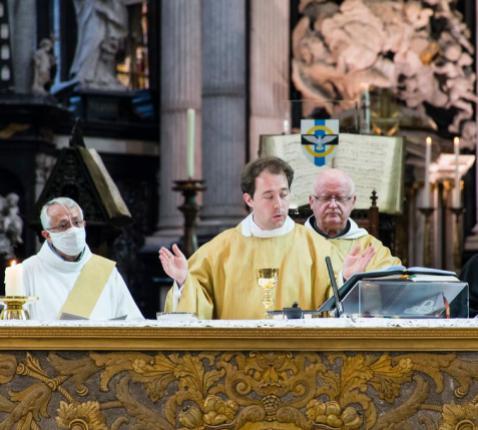 Priesterwijding Jef Van der Gucht - Gent 4 juli 2021 © Martine Van Cauwenberghe