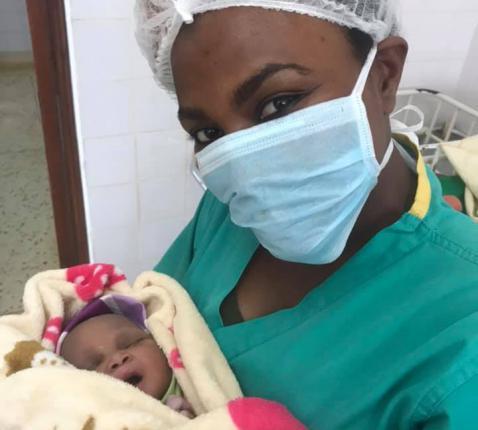 Vivi in de materniteit