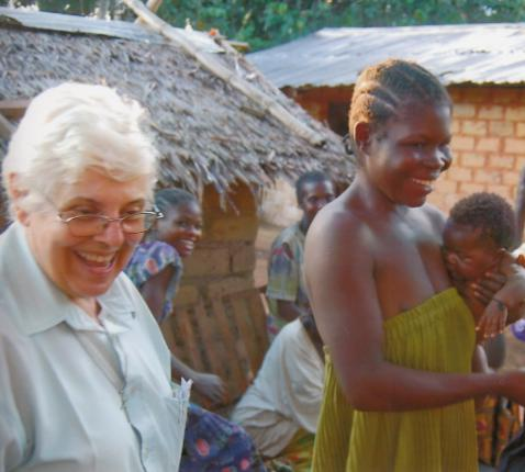 zr. Suzanne in Kameroen © zr Marie-José Vercruysse