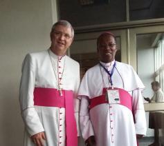 Mgr. Johan Bonny met Mgr. Philippe Rukamba, bisschop van Butare © Johan Bonny