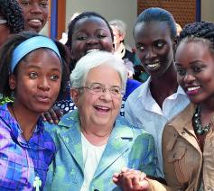 Maria Voce tijdens een bezoek in Kenia.  © Centro S. Chiara Audiovisivi Soc. Coop. a.r.l.