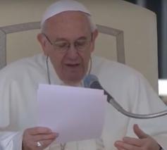 Paus Franciscus tijdens de algemene audiëntie van woensdag 12 april 2017 © CTV