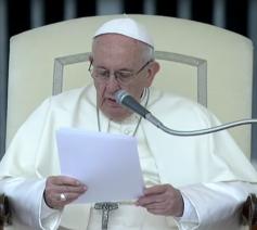 Paus Franciscus tijdens zijn catechese op de algemene audiëntie van woensdag 16 mei 2018 © Vatican News