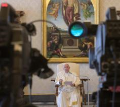 Paus Franciscus tijdens de algemene audiëntie van woensdag 25 maart 2020 © VaticanMedia