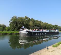 Vaar jij mee met de milieuboot? © De Milieuboot