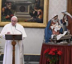 Paus Franciscus tijdens zijn angelustoespraak op het feest van de Doop van de Heer op zondag 10 januari 2021 © VaticanMedia