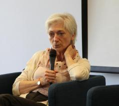 Sylvie Germain noemt terugplooien op identitaire waarheden dodelijk.  © rr