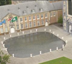 Norbertijnen van Averbode in het filmpje 'Is Scherpenheuvel de Warmste Vakantieplek?' van Het Laatste Nieuws. © HLN