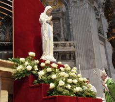 Maagd van de Armen in de Sint-Pietersbasiliek in Rome © Vatican Media