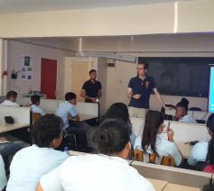 Bezoek Salvator MULO-school door Mitch Busropan en Stefaan Peetermans