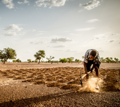 Het pas gepubliceerde VN-rapport over de honger in de wereld is een bittere pil: voor het 4de jaar op rij neemt de honger wereldwijd toe © Broederlijk Delen