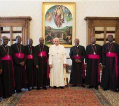 De bisschoppen van Burundi bij paus Franciscus © Vatican Media