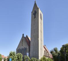 buitenzicht OLV-kerk Tielt