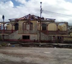 De orkaan trok een spoor van vernieling in Beira © Caritas International