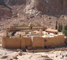 Het Sint- Catharinaklooster op het schiereiland Sinaï © Wikipedia