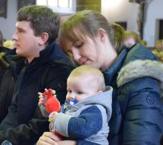 Nederlandse ouders van jonge kinderen voelen zich geregeld niet welkom in de kerk