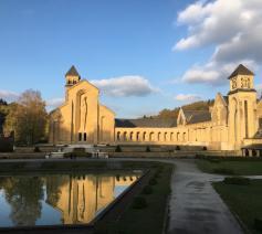 De binnenplaats van de abdij van Orval © Kris Van de Poel