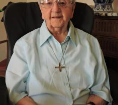 Zuster Laurentia 80 jaar in het klooster.