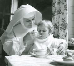 De zusters van Liefde waren sterk geëngageerd in de zorg voor kinderen. © Erfgoedhuis ZLJM
