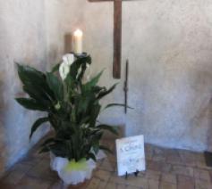 Kruis ter herinnering aan de sterfdag van de heilige Clara in de kerk van San Rufino, even buiten Assisi.