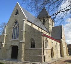 De Sint-Niklaaskerk van Drogenbos, pleisterplaats op de weg naar Compostella!