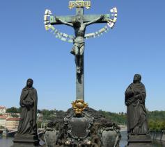 De gekruisigde Jezus met boven zijn hoofd de inscriptie 'INRI'. © Wikipedia