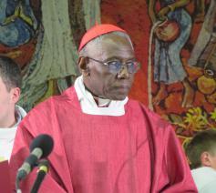 Kardinaal Robert Sarah kwam in Brussel zijn boek 'Dieu ou rien' voorstellen © EVL
