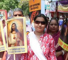 Katholieke manifestatie voor een betere toepassing van de grondwettelijke godsdienstvrijheid in New Delhi (India) op 13 mei 2016 © UCA News