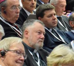 Mgr. Jean Kockerols (midden) op het congres (Re)Thinking Europe © COMECE