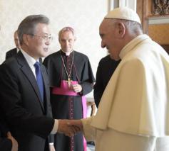 De Koreaanse president Moon Jae-in, tijdens zijn bezoek in 2018 © Vatican Media