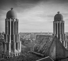 Zoals in de Sint-Pietersbasiliek in Rome, kan je in de basiliek van Koekelberg hoog onder de koepel wandelen en de hoofdstad overzien.  © Leo De Bock