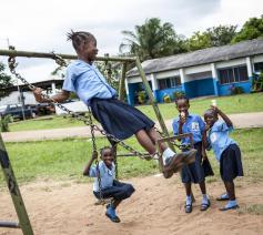 Schoolkinderen in hoofdstad Monrovia, 2012. © Verenigde Naties