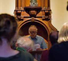 Louis Hendrickx vertelt zijn verhaal © Pax Christi Vlaanderen