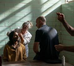 Tijdens de voorbereiding van de verfilming van Messiah © Mehdi Dehbi/Netflix