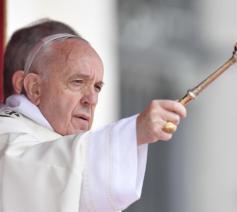 Paus Franciscus tijdens de paasviering © Vatican Media