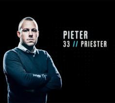 Priester en godsdienstleerkracht Pieter Delanoye verrast als de mol in het gelijknamige programma.