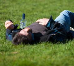 Nuchter en spiritueel leven: wat je van ex-alcoholisten kan leren  © Photo by thom masat on Unsplash