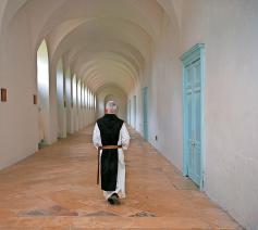 De monniken, hier een trappist, wijzen voor velen een weg naar God. © Belga Image