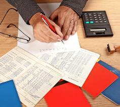 Ook het maken van erfovereenkomsten moet volgens de nieuwe wet door de notaris worden begeleid. © Image Select