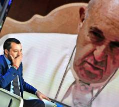 In Italië gaat de Kerk in tegen het rechts-populistische beleid van de regering.  © Belga Image