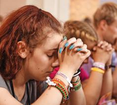 """""""We moeten jongeren helpen bewust te worden van hoe God al in hun leven aanwezig is."""" © © KNA Bild"""