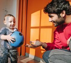 Gezinshereniging is volgens Caritas cruciaal om een beter leven op te bouwen. © Isabel Corthier