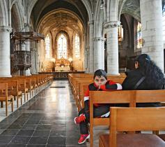 De bisschoppen beslisten snel alle liturgische diensten te schorsen. © Luc Gordts