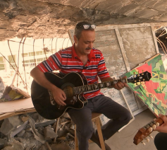 Iraakse muzikanten met Belgische instrumenten. © Canvas